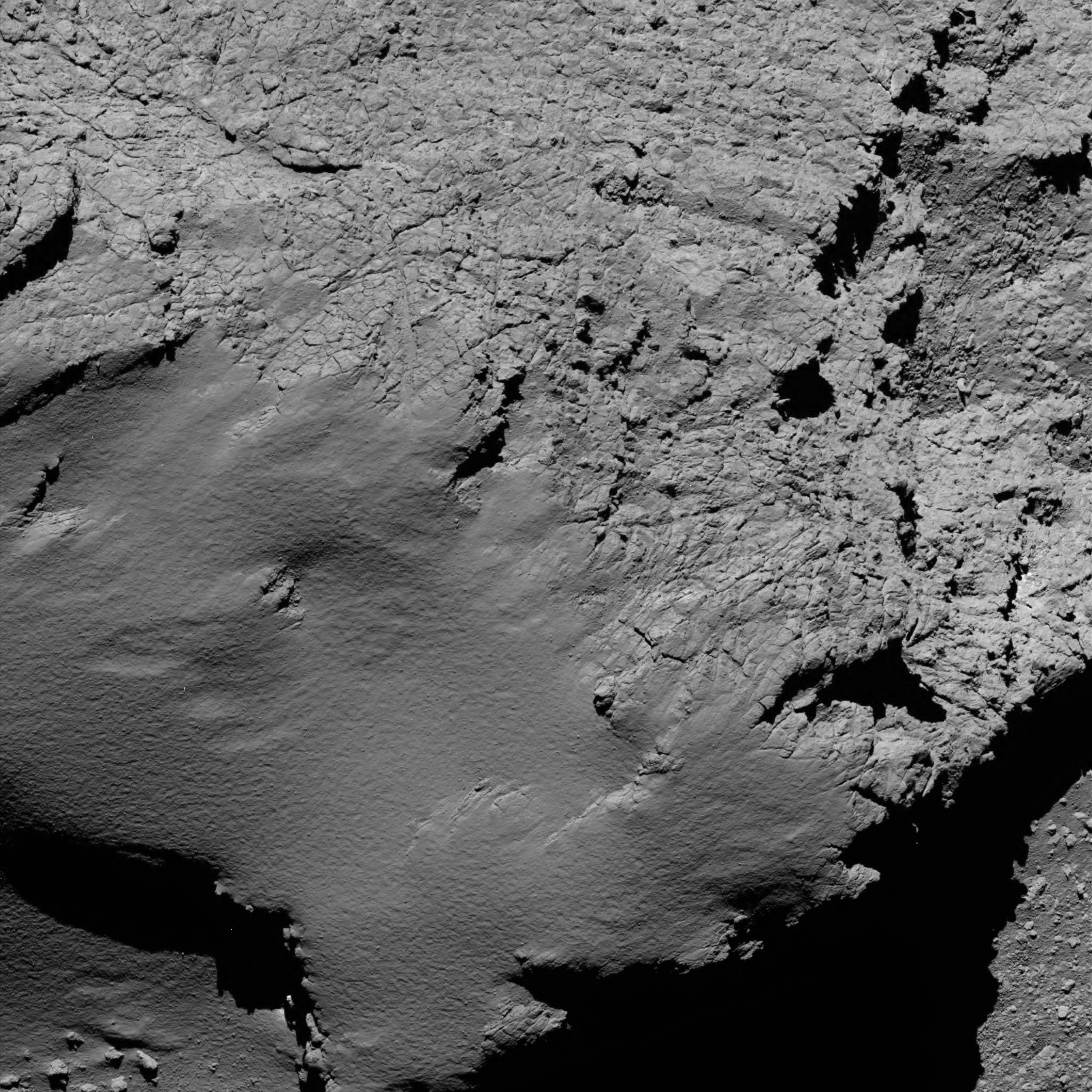 is_rosetta_atterrisage_comet_from_8.9_km_narrow-angle_camera.jpg